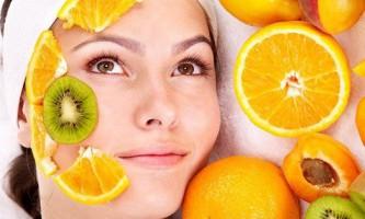 5 Кращих масок для обличчя з сезонних фруктів
