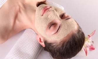 «Бабусині» рецепти для відбілювання шкіри обличчя