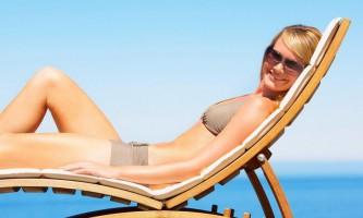 Білі плями на шкірі після засмаги: що робити?