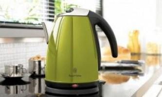 Блискуча сила цитруса: як лимонною кислотою очистити чайник від накипу