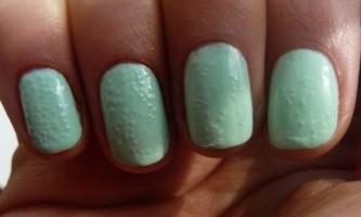 Що робити, якщо лак на нігтях пузириться