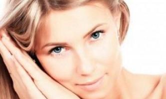 Псоріаз на обличчі: як повернути шкірі чистоту?