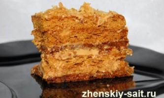 Домашній торт медовик: покроковий рецепт з фото