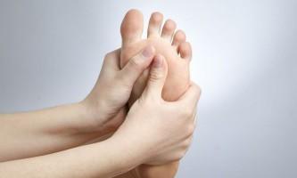 Грибок на ступні: як лікувати?
