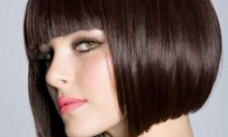 Хіт тисячоліть - зачіска на каре