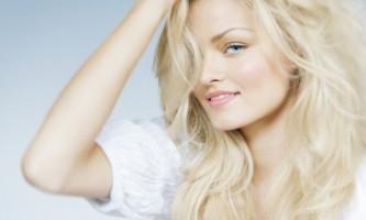 Хочете стати блондинкою? Тоді дізнайтеся правила фарбування