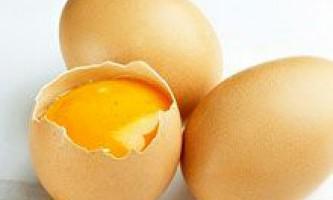 Яєчний жовток для волосся і обличчя. Маски з яєчним жовтком