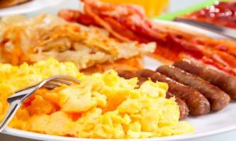 Яйця-скрембл - відмінне рішення для сніданку