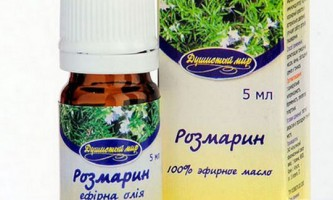 Ефірна олія розмарину для лікування і зростання волосся