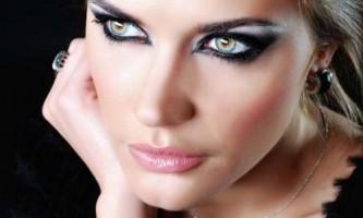 Як робити макіяж смокі айс: покрокова техніка