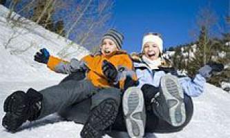 Як можна краще і веселіше провести новорічні канікули. Як провести зимові канікули з користю для здоров`я