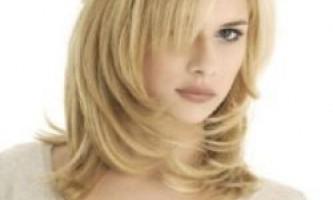 Як нарощують волосся?