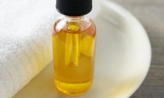 Як користуватися касторовою олією для вій