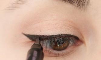 Як правильно фарбувати очі використовуючи підводку