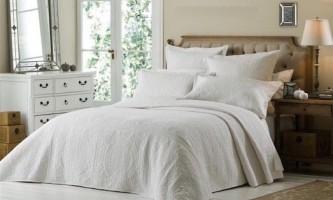 Як правильно вибрати покривало для спальні і що врахувати?