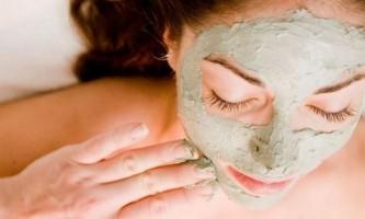 Як зробити маски з глини для обличчя