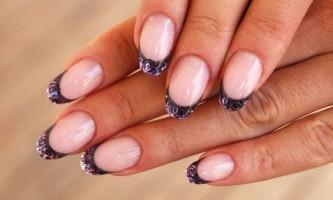Як зняти нарощені нігті?