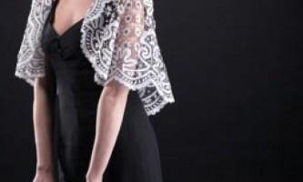 Як прикрасити чорне плаття
