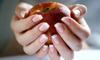 Як відновити нігті після процедури нарощування?