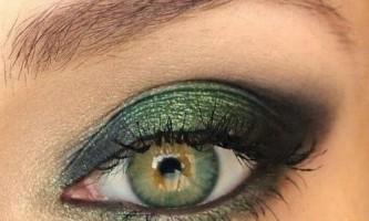 Які тіні вибрати для зелених очей