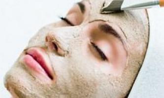 Косметичні маски механічної дії: живильні, тонізуючі, що стягують і зволожуючі маски