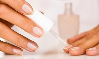 Лікувальні лаки для нігтів