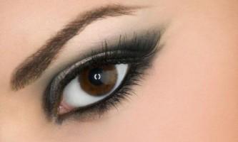 Макіяж для мигдалеподібних очей