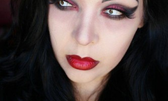 Макіяж вампірші на хеллоуїн