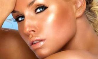 Маска для обличчя з корицею і медом: афродизіак для шкіри