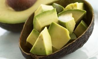Маска для волосся з маслом авокадо - легше не буває