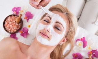 Маска з білої глини для обличчя: позитивні властивості глини для вашої шкіри!