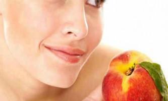Маски для обличчя з персиків