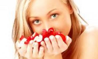 Маски для жирної і проблемної шкіри обличчя