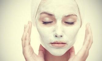 Маски з білої глини для обличчя