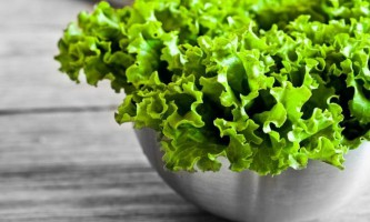 Маски з салату: збалансовані рецепти для вашої краси