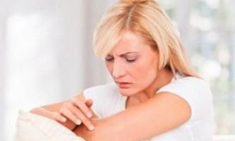 Ознаки виникнення псоріазу на руках і способи його лікування