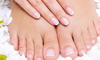 Про яке захворювання свідчать сині нігті?