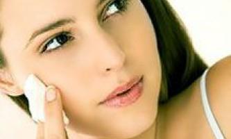 Очищення жирної шкіри. Домашні засоби і косметика для очищення жирної шкіри