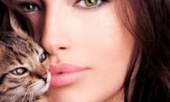 Оптимальний колір губної помади для брюнетки: вплив відтінку волосся, кольору очей і відтінку шкіри на вибір