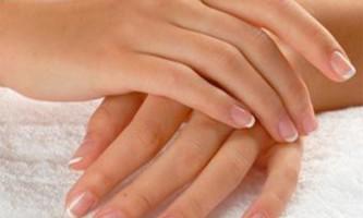 Чому з`являються прищики на пальцях рук