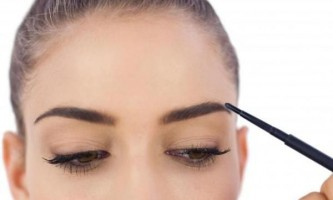 Правила макіяжу брів