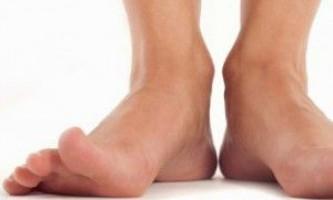 Причини виникнення і методи лікування псоріазу на ногах