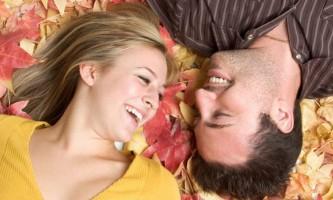 Продовжити відносини допоможе сміх