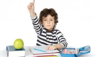 Дитина вперше йде в школу: корисні поради