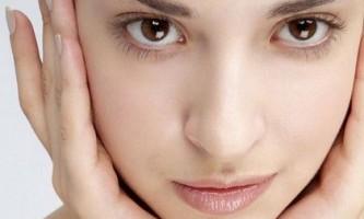 Рецепти проти чорних крапок: «ні» далматинця на обличчі