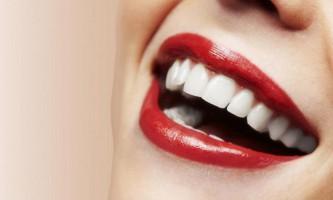 Секрети відбілювання зубів ефірною олією