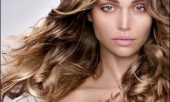 Шатушь-фарбування, модний ефект вигорілого волосся