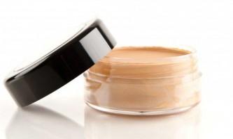 Поради щодо вибору тонального крему для сухої шкіри