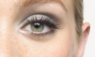 Створення гарного дневнго макіяжу для зелених очей