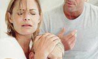 Маленьким дітям складніше пережити розлучення батьків